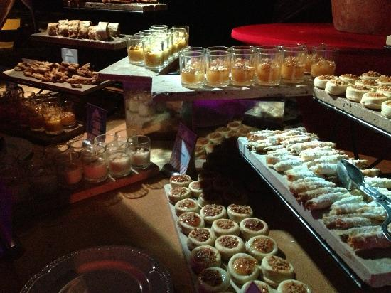 Excellence Playa Mujeres: desserts at Arabian nights dinner