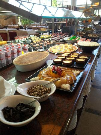 Protur Biomar Gran Hotel & Spa: Did I mention the buffet?