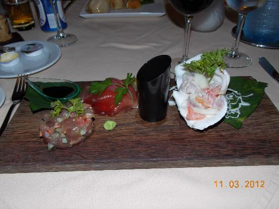 Tikehau Pearl Beach Resort: Raw Tuna - BEST DISH ON MENU!!!