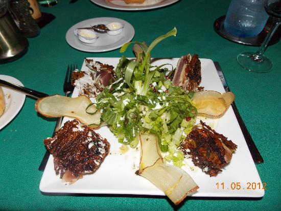 Tikehau Pearl Beach Resort: Red Tuna with fried Sweet Potatoes