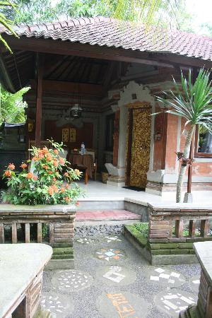 Ketut's Place: Front door of a standard room (with Air Con)