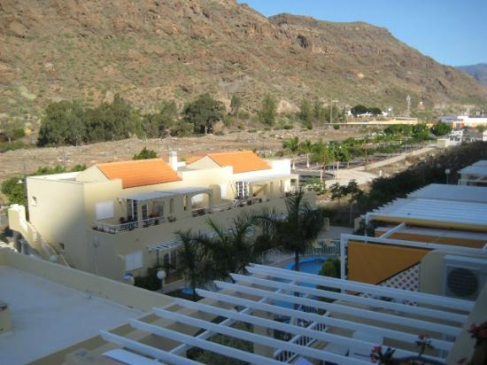 Los Mangueros - View from the terrace towards the pool