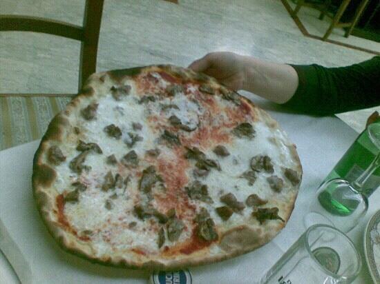 Hotel Ristorante: pizza!