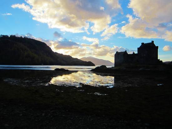 Kyle of Lochalsh, UK: Eilean Donan Castle, after hours.