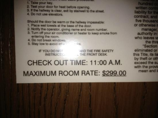 Microtel Inn & Suites by Wyndham Tuscaloosa Near University: Room Rate Card