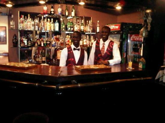 Scala Restaurant: Inside bar