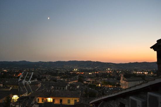 Hotel Bosone Palace: Panorama dal terrazzino della camera