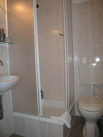 Hotel Abendstern: Single room - ensuite bathroom