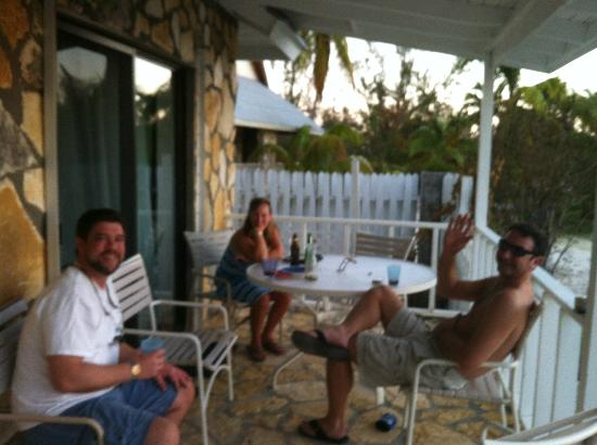 Fernandez Bay Village: Sitting on the porch at Sea Garden Villa