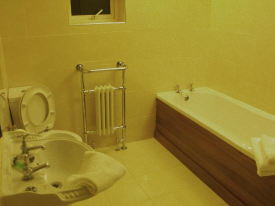 Heather House B&B: bagno