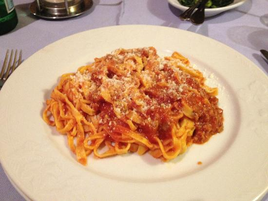 Osteria Sant'Angelo: Pasta with meat sauce