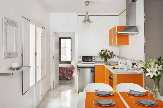 Apartamentos Mariscal: APARTMENT 3