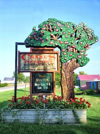 Crane's Pie Pantry: entrance sign