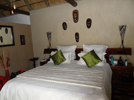 Naledi Bushcamp and Enkoveni Camp: Notre chambre