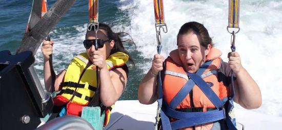 Flying Kiwi Parasail : Take Off - Jacqui's reaction