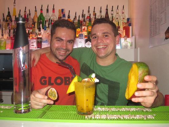 Bairrazza Bairro Alto : Bairrazza Sweet World Class Cocktail with fressh fruit