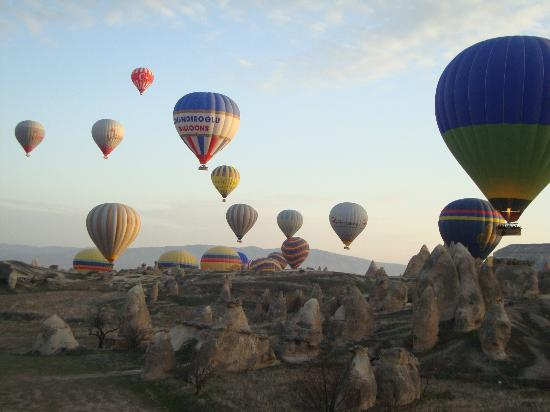 Ramada Cappadocia: Ballonfahrten