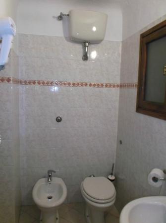 Hotel Arno Bellariva: Bathroom