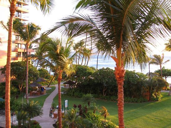 Marriott's Maui Ocean Club  - Lahaina & Napili Towers : Relaxing atmosphere!
