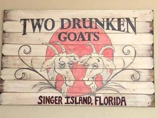 Two Drunken Goats Beach Cantina: Two Drunken Goats 
