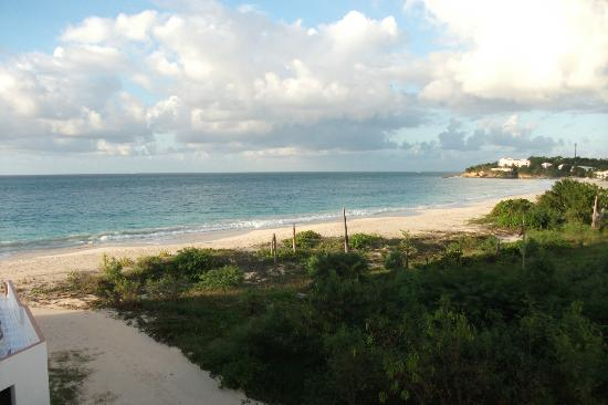 Turtle's Nest Beach Resort: View from the balcony
