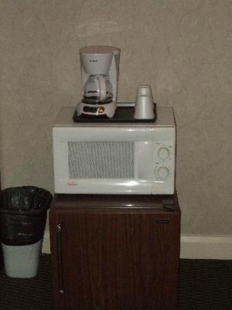 Mt Madison Inn & Suites: Micro Wave Was Clean