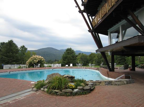 The Stowehof: Pool and mountain view
