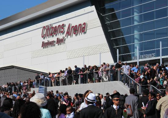 Hampton Inn & Suites Ontario: Five minute drive to gradutation ceremony, Citizen Arena