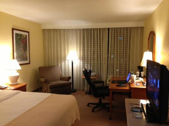 Holiday Inn Mayaquez & Tropical Casino: Spacious and clean rooms