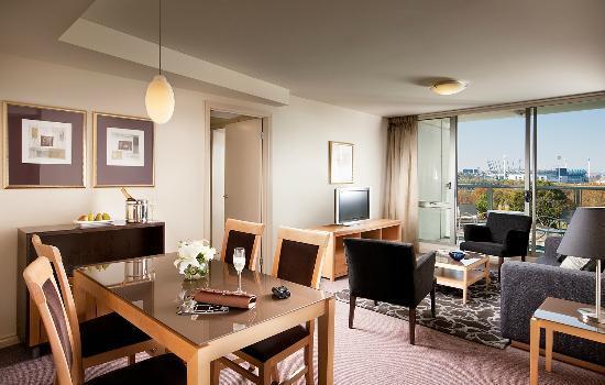 Quay West Suites Melbourne: Two Bedroom Suite