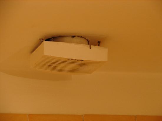 Belle Arti Resort: Ventilateur de la salle de bain