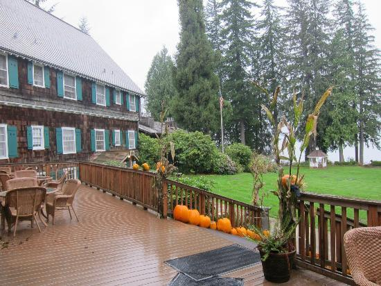Lake Quinault Lodge: Patio