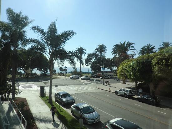 Hotel Shangri-La Santa Monica: 窓からの眺め