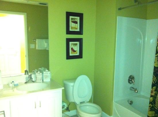 Sterling Reef: 2nd bathroom