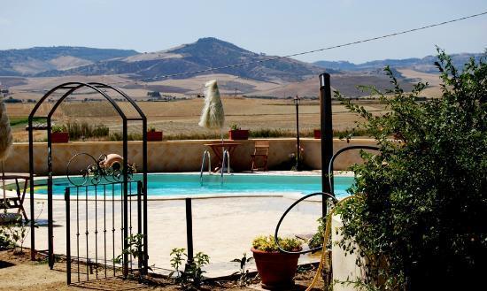 Montescaglioso, Italy: La piscina
