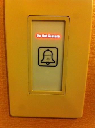 Z Ocean Hotel South Beach : red light - do not disturb