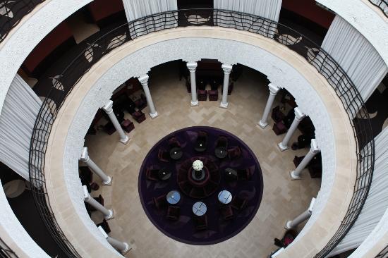 The Pearl Marrakech: Hall desde la 3 planta