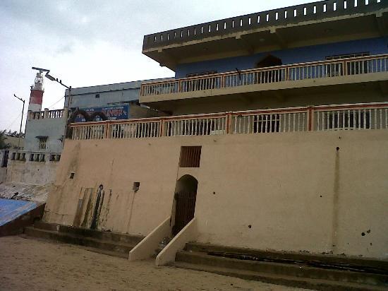 Hotel Sea Pearl: Hotel from beach