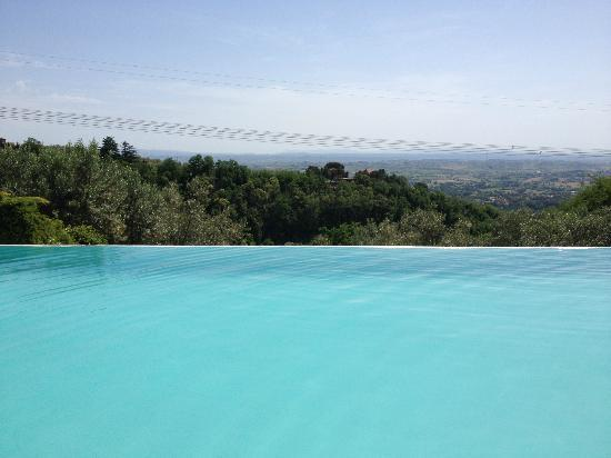 Heart of Tuscany Hostel: Pool