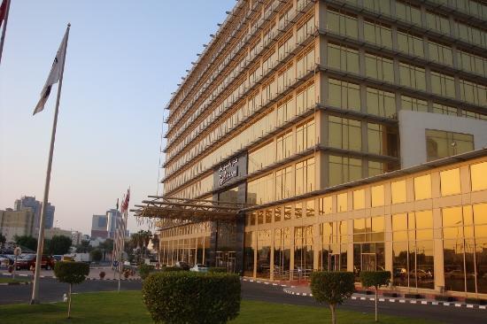 Radisson Blu Hotel, Doha: Radisson Blu, Neuer Trakt Eingang