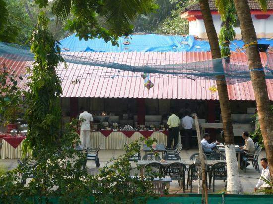 Miramar Residency: Complimentary Breakfast Buffet
