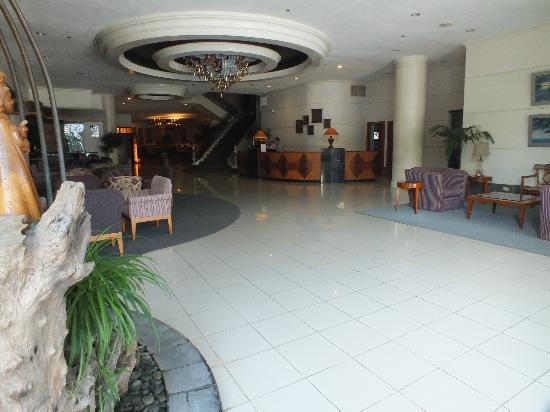 The Bellavista Hotel: Lobby Entance