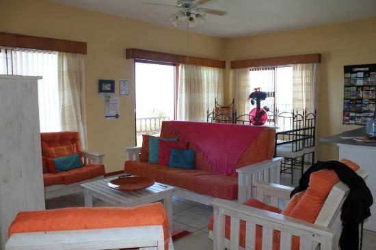 Dana Bay B&B Guest House : salon vue sur mer