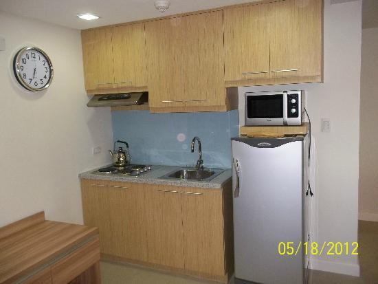 BSA Twin Towers: Kitchen