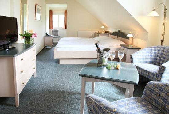 hotel zur linde spiekeroog tyskland hotel anmeldelser sammenligning af priser tripadvisor. Black Bedroom Furniture Sets. Home Design Ideas