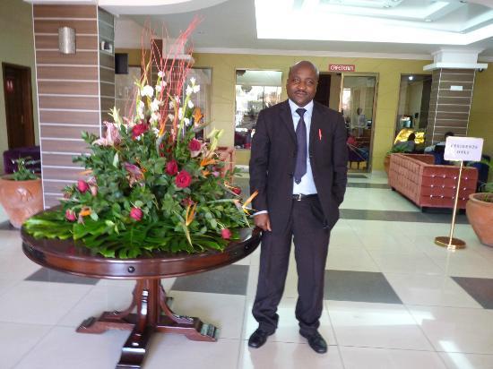 Nomad Palace Hotel Nairobi: Reception lobby