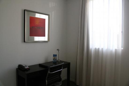 Meriton Serviced Apartments Aqua Street, Southport: Study nook