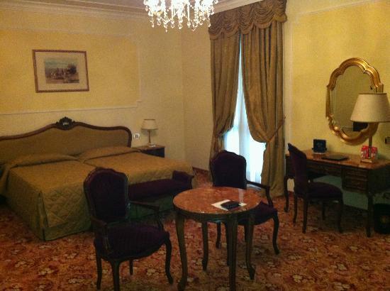 Hotel Terme Due Torri: Camera da letto