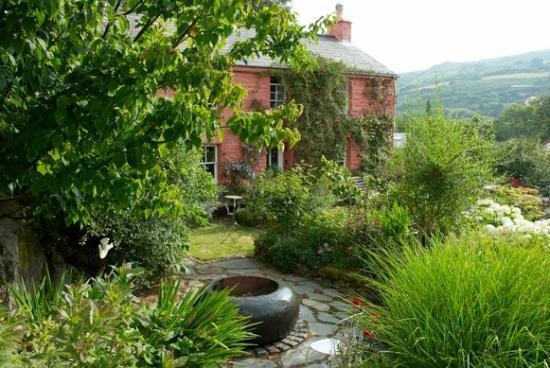 Dyffryn Fernant Gardens