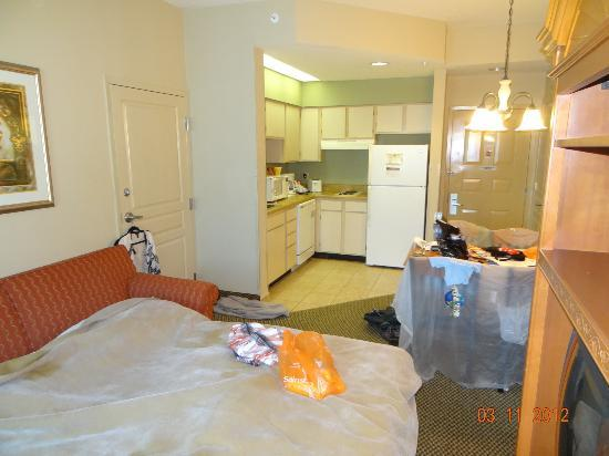 Hawthorn Suites Lake Buena Vista: Living area